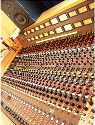 mci desk recording studio nsw